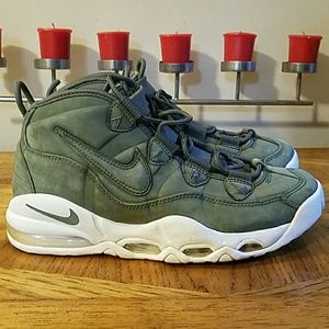 Nike Air More Uptempo. Size 8